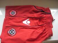 2 PAIRS FOOTBALL SHORTS - SHEFFIELD UNITED F.C. -12-13 yrs - (Kirkby in Ashfield)