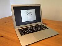MacBook Air 13inch 2014 excellent condition