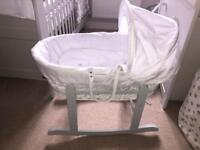 Grey & White Kindervalley Moses Basket