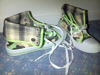 New Camofladge boots/trainers - size 5 - £6.
