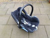 Maxicosi pebble baby seat from birth to 12month