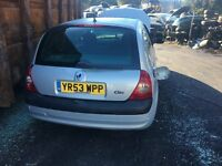 2003 RENAULT CLIO EXPRESSION 16V (MANUAL PETROL) FOR PARTS ONLY