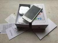 I phone 5s - silver - 16gb - Unlocked - mint condition