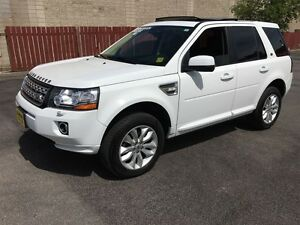 2013 Land Rover LR2 HSE, Auto, Leather, Pan. Sunroof, AWD, 60,00