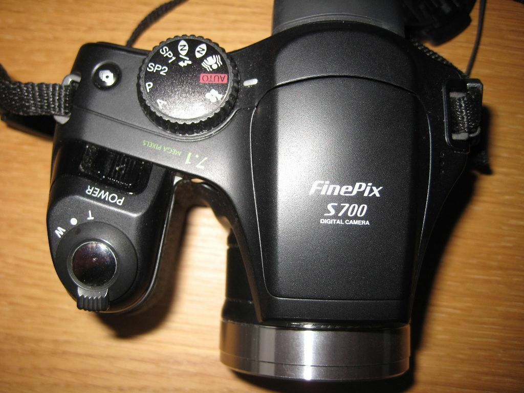 Fujifilm FinePix S700 71 MP Digital Camera Soft Case