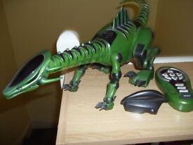 Robotyrannus rc dinosaur