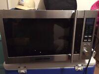 Black & Decker Microwave / Grill 900W
