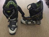 Salomom Quest Ski Boots