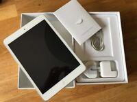 IPad Mini 2 32gb (white) in excellent condition