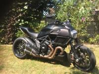 Ducati Diaval Dark. 2016. 7240 miles