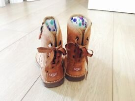 New UGG toddler girl boots size 5