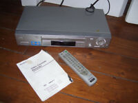 Sony video cassette recorder model SLV-SE820G with remote & instructions booklet