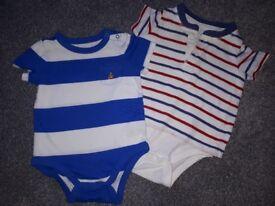 2 GAP brand babygrows!