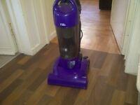 lightweight vacuum cleaner