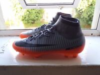 Nike mercurial boots 9.5