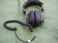 HD-3030 Stereo Headphones with 3.5 mm Plug