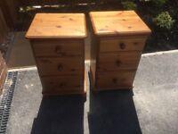 Set of 3 bedroom furniture solid pine