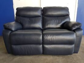 DARK BLUE LEATHER RECLINING SOFA 2 SEATER RECLINER SETTEE EQUIPPED WITH LEGGETT & PLATT CAN DELIVER