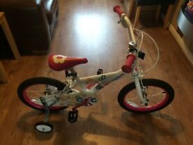 Girls bike - 16inch - as new. Would make an ideal Xmas present as no signs of use at all