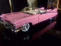 Cadillac Eldorado 1959 Biarritz/convertible,1:18,extravagantly styled in PINK