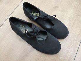 Children's / Junior Tap Shoes size 13