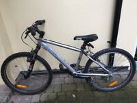 Boys Mountain Bike Decathlon Rockrider 5.2 in full working order