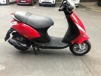 Piaggio Zip 50cc moped scooter not gilera honda vespa yamaha