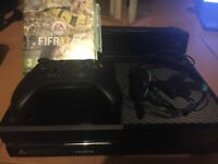 Xbox one with Kinect, headset and in the box with Fifa 17