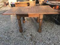 Beautiful oak dining room table