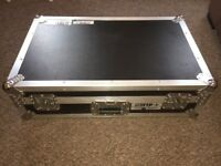 Pioneer XDJ-RX with Flight Case 'Mint Condition'