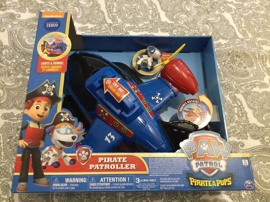 PAW PATROL PIRATE PATROLLER, NEW, MINT CONDITION.