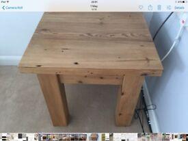 Lamp table in solid oak wood. 23 in x 23 in x 23 in.