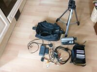 CAMCORDER 8MM VP-A30 VERY GOOD CONDITION