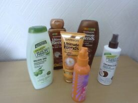 GARNIER ULTIMATE BLENDS SHAMPOO + CONDITIONER + 1 MINUTE TREATMENT FOR DRY LIFELESS HAIR
