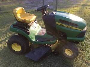 John Deere ride on mower Mount Cotton Redland Area Preview