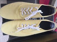 mens / boys yellow trainers / plimsoll
