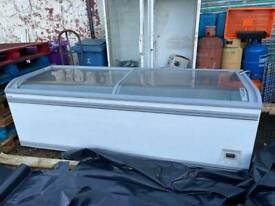 AHT COMMERCIAL CHEST FREEZER DISPLAY 2.5M AHT MIAMI CAN DELIVER