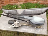 MERCEDES 190 W201 WINDSCREEN WIPER ASSEMBLY and LEAF GRILLE
