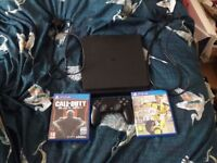 Brand new Ps4 + 2 games (Fifa 17 + Black ops 3) + 1 controller