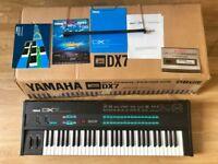 Yamaha DX7 Digital FM Synthesizer + Original Box, Manuals & Music Sheet Stand