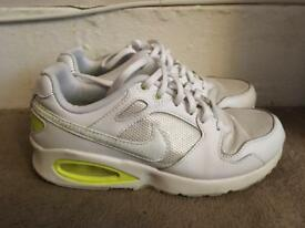 Women's Nike air max size 4