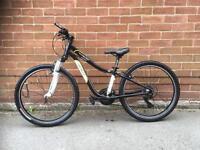 """Specialized Hotrock 24"""" Wheel Mountain Bike"""