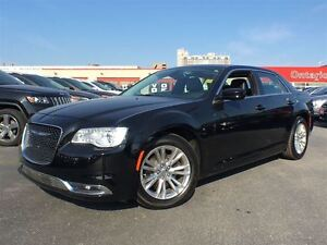 2015 Chrysler 300 TOURING**LEATHER**NAVIGATION**SUNROOF**BLUETOO