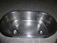 strainer/drainer for 1.5 Franke stainless steel kitchen sink