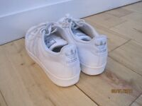 Adidas Superstar Trainers - Adult Size 8 (White)