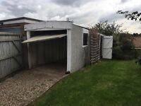 Garage outbuilding / workshop