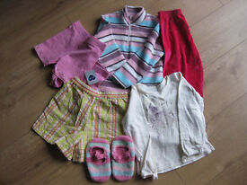 BUNDLE OF GIRLS CLOTHES age 3-4 IMMACULATE some new clothes - BARGAIN PRICE only 40p per item!