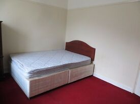 SINGLE/ DOUBLE ROOM AVAILABLE IN SHEPERDBUSH