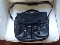 Tusting 'Clipper' Black Leather Satchel