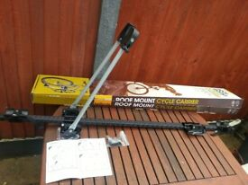 Halfords roof mounted cycle carriers/cycle rack, brand new boxed set of 4 Bargain £60